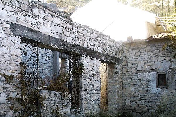 Traditional Cypriot architecture – Agios Georgios, Κύπρος.