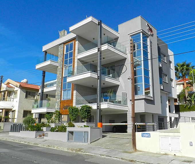 Modern architecture in apartment building - LeVeLs in Limassol, Cyprus - Best Apartment Cyprus for 2013-2014